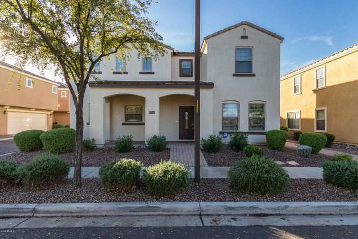 Desirable Lyons Gate in Highly Sought After 85295 Zip Code. Park Is Across The Street