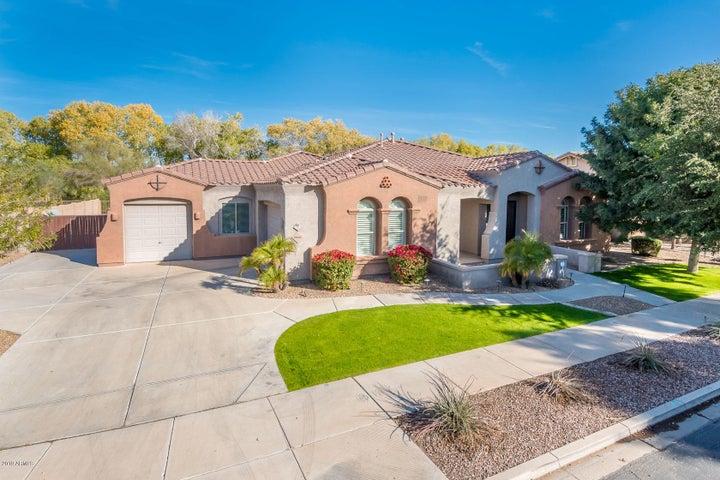 18662 E APRICOT Lane, Queen Creek, AZ 85142