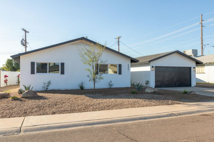 6407 E SHERIDAN Street, Scottsdale, AZ 85257