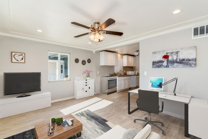 2027 N 28TH Place, Phoenix, AZ 85008