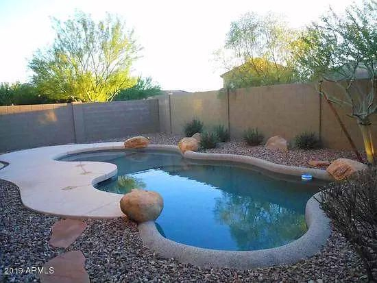 Weekly pool service included