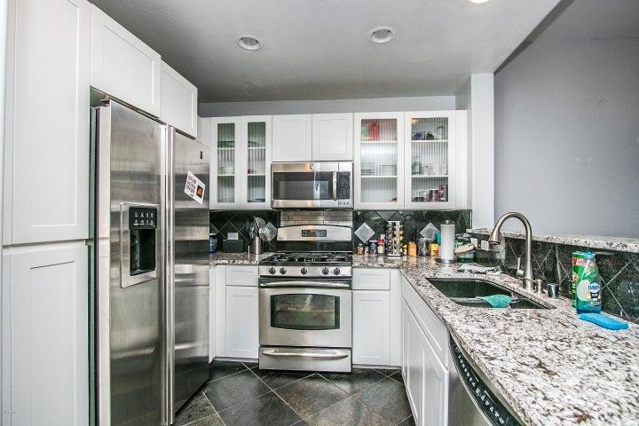 17 W VERNON Avenue, Phoenix, AZ 85003