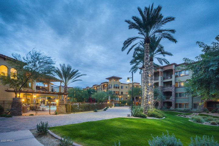 5450 E DEER VALLEY Drive, Phoenix, AZ 85054