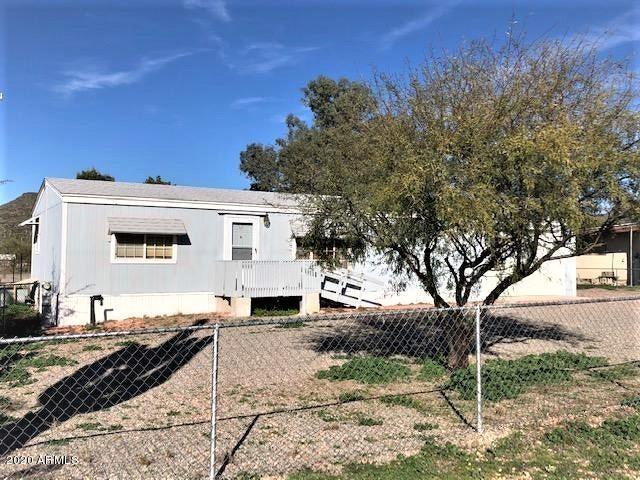 20500 E EMERALD Drive, Black Canyon City, AZ 85324