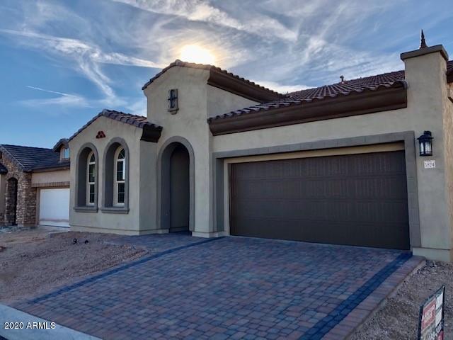 1824 N BERNARD Circle, Mesa, AZ 85207