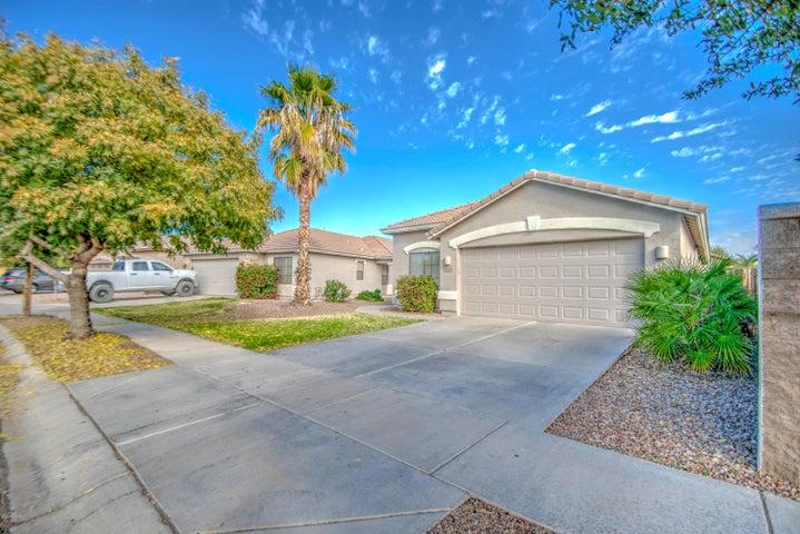 4061 S SUMMER Court, Gilbert, AZ 85297