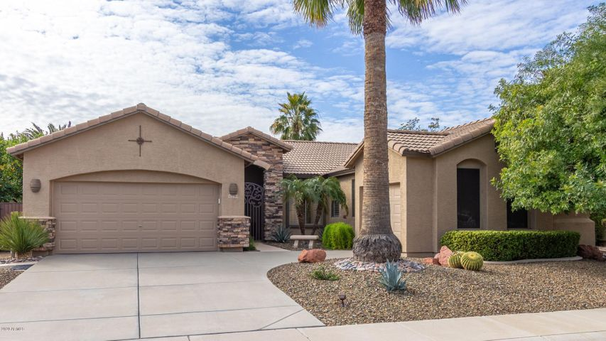 27310 N 37TH Avenue, Phoenix, AZ 85083