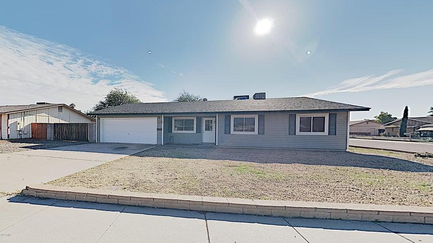 5747 W LUPINE Avenue, Glendale, AZ 85304