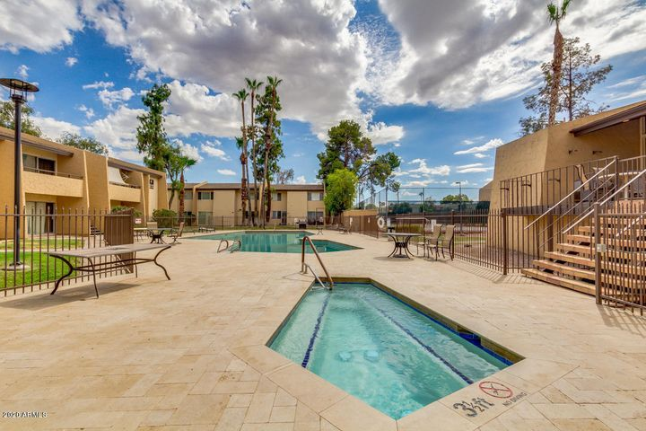 8055 E Thomas Road, 205B, Scottsdale, AZ 85251