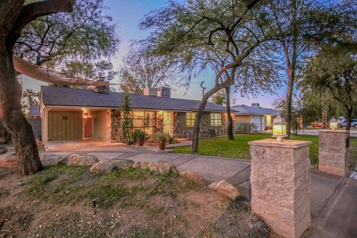 7702 N 17TH Drive, Phoenix, AZ 85021
