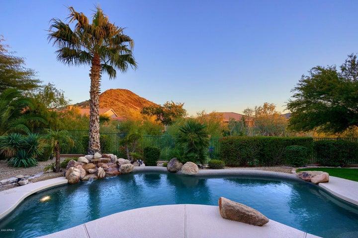 13429 E CANNON Drive, Scottsdale, AZ 85259