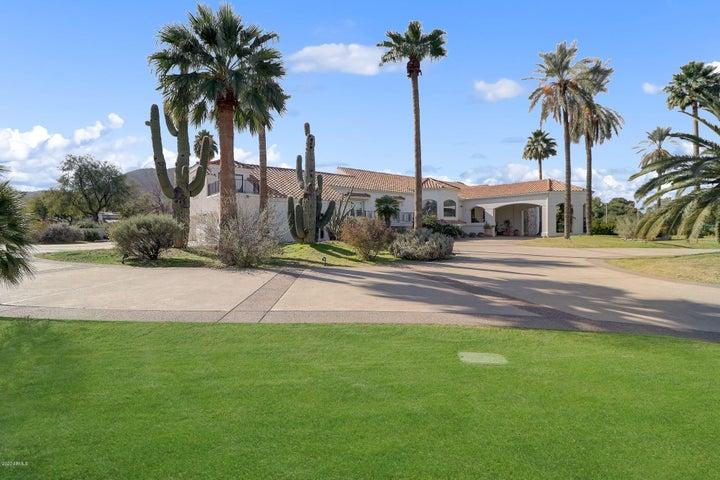 8302 N SENDERO TRES M, Paradise Valley, AZ 85253