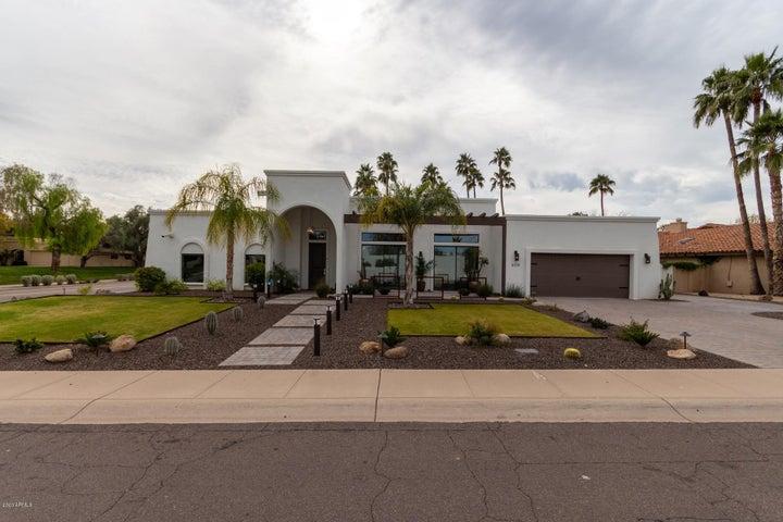 8119 E DEL LATON Drive, Scottsdale, AZ 85258