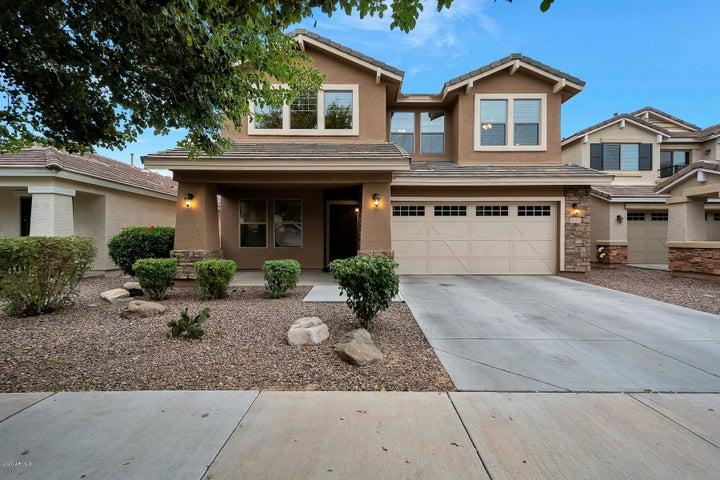4185 E SANDY Way, Gilbert, AZ 85297