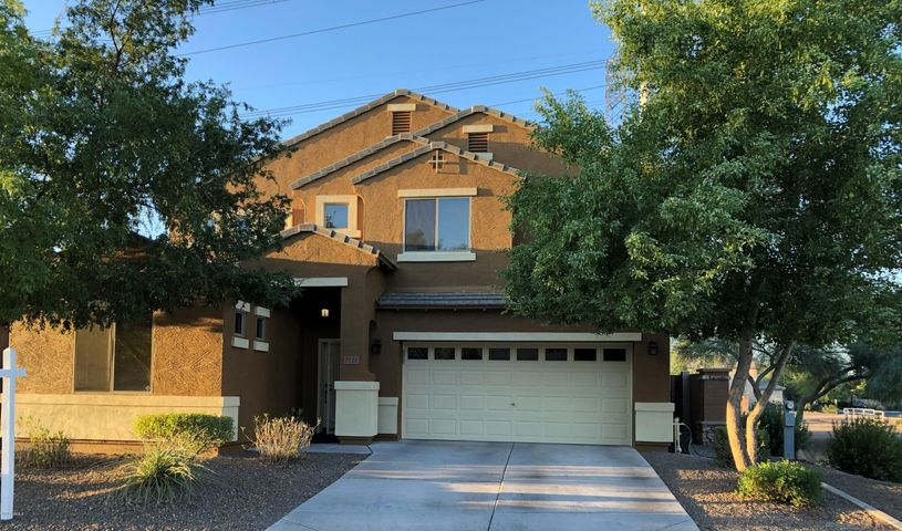 2721 E Quiet Hollow Lane, Phoenix, AZ 85024
