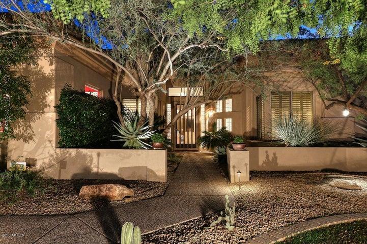 6449 E CRESTED SAGUARO Lane, Scottsdale, AZ 85266