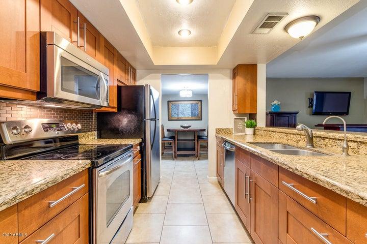 Upgraded kitchen! 406 E GEMINI DR Tempe AZ 85283