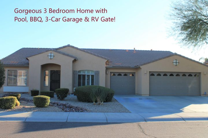Gorgeous 3 bedroom, 2 bath Peoria home with Pool, 3-C garage and RV gate!