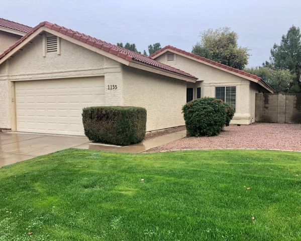 1155 N CARRIAGE Lane, Chandler, AZ 85224