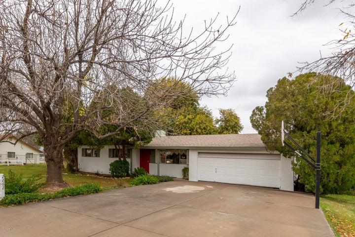 2262 E CLAXTON Street, Gilbert, AZ 85297