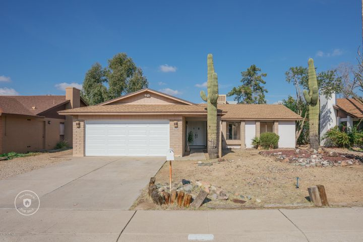 4002 W CHRISTY Drive, Phoenix, AZ 85029