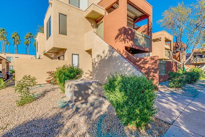 3500 N HAYDEN Road, Scottsdale, AZ 85251
