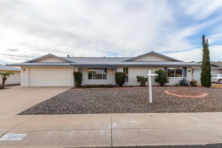 18414 N 96TH Avenue, Sun City, AZ 85373