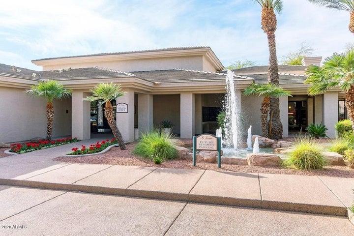 15608 N 71ST Street, 370, Scottsdale, AZ 85254
