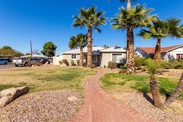 1744 W AVALON Drive, Phoenix, AZ 85015