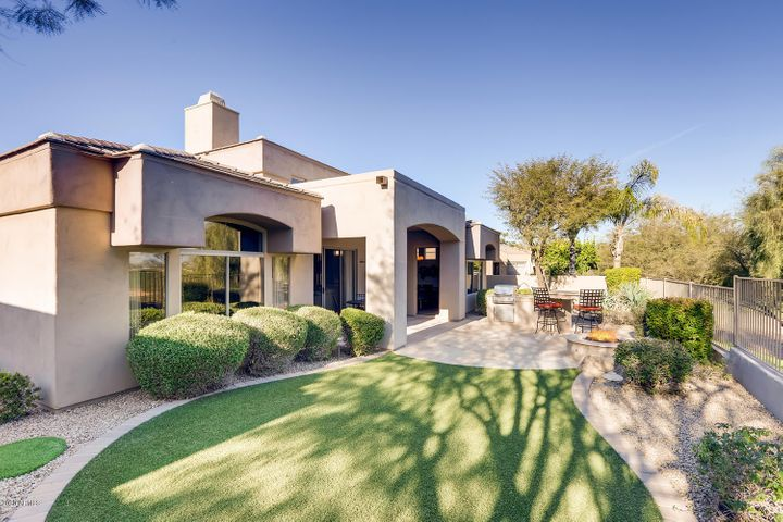 8711 E TUCKEY Lane, Scottsdale, AZ 85250