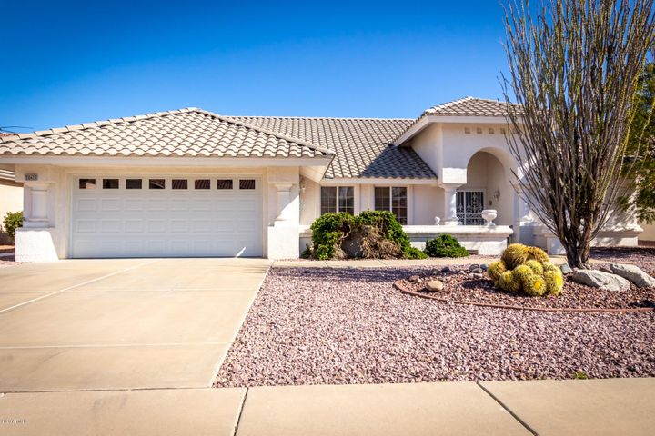 20439 N MEADOWOOD Drive, Sun City West, AZ 85375