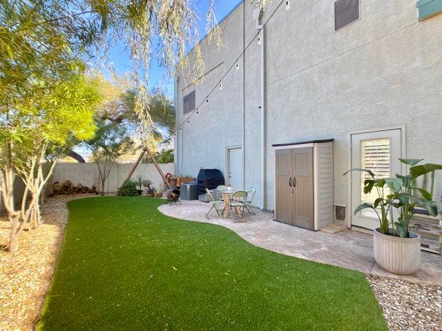 2027 E UNIVERSITY Drive, 140, Tempe, AZ 85281