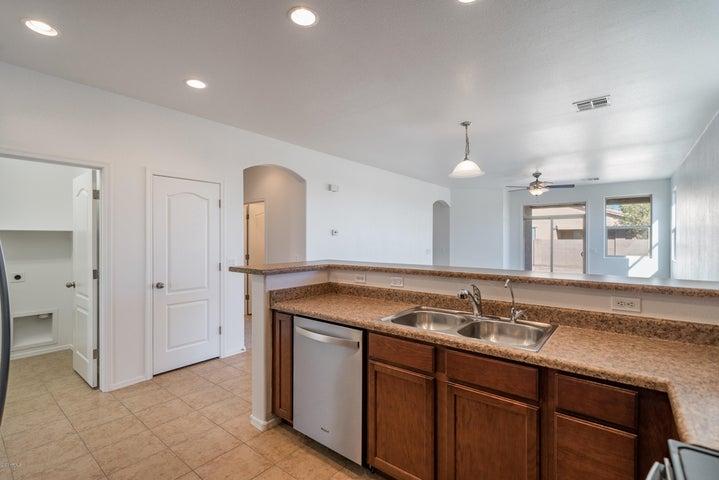 17668 W SHERMAN Street, Goodyear, AZ 85338