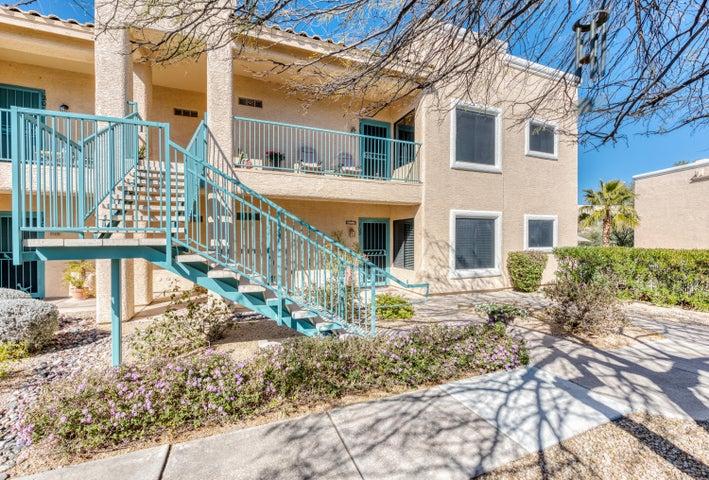 16323 E ARROW Drive, 202, Fountain Hills, AZ 85268