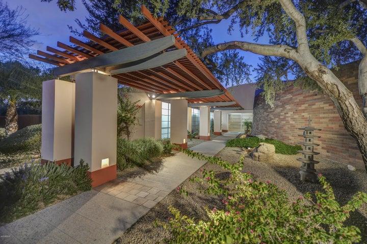 8556 E SHARON Drive, Scottsdale, AZ 85260