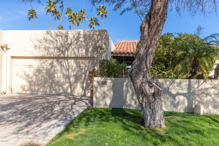 7832 E SANDALWOOD Drive, Scottsdale, AZ 85250