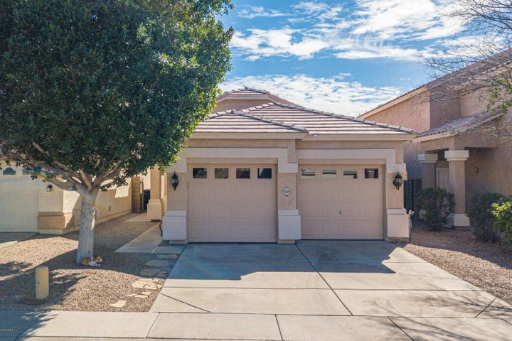 7229 E KENWOOD Street, Mesa, AZ 85207