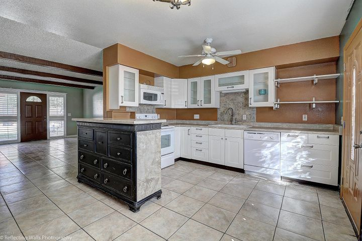 12800 N 113TH Avenue, 5, Youngtown, AZ 85363