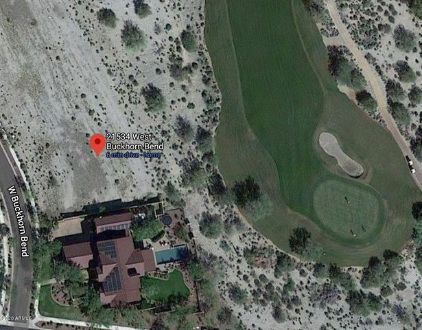 lot proximity to 11th green and neighbors home