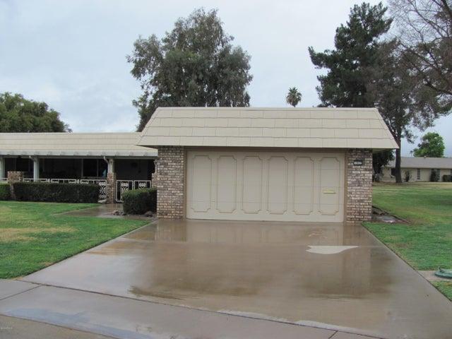 10022 W SANDSTONE Drive, Sun City, AZ 85351