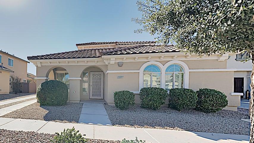 941 E BELLERIVE Place, Chandler, AZ 85249