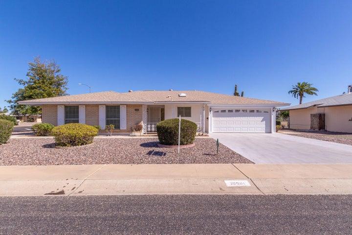 10901 W SARATOGA Circle, Sun City, AZ 85351