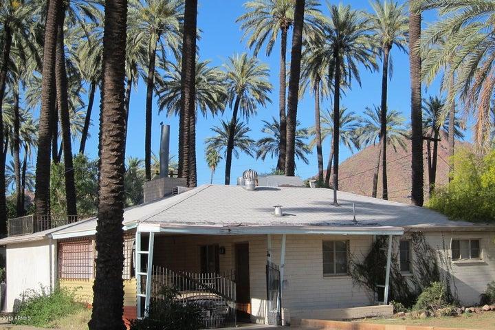 4330 E ROMA Avenue, Phoenix, AZ 85018