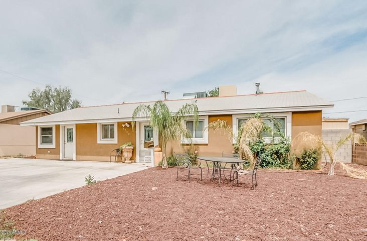 Low maintenance front yard and ample parking!