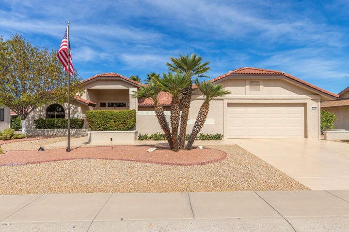 13634 W GARDENVIEW Drive, Sun City West, AZ 85375