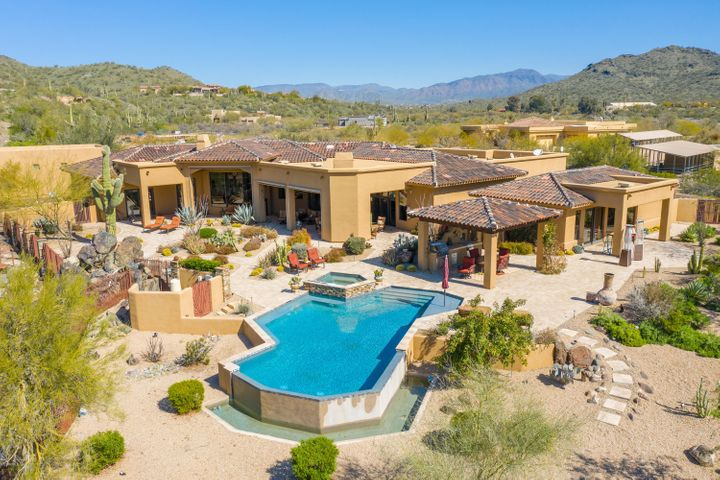 4821 E CREEK CANYON Road, Cave Creek, AZ 85331