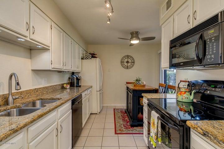 9355 N 91ST Street, 114, Scottsdale, AZ 85258