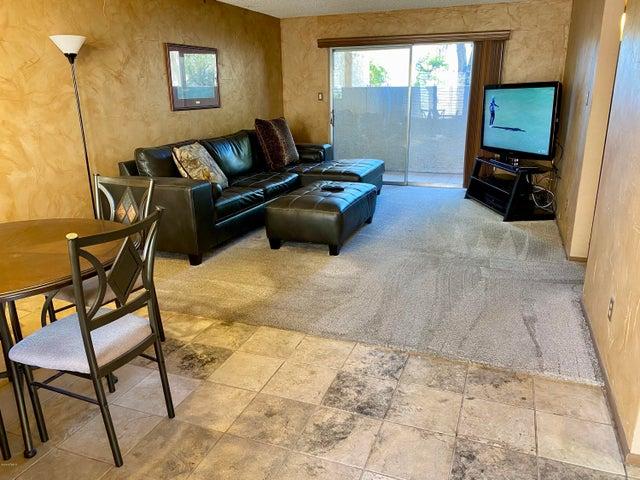 7474 E EARLL Drive, 117, Scottsdale, AZ 85251
