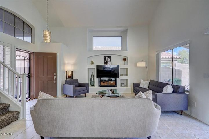 10284 E MALLOW Circle, Scottsdale, AZ 85255