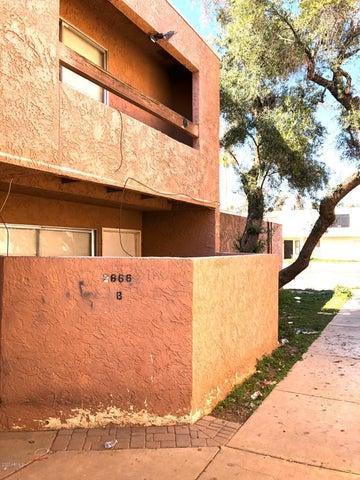 2666 N 43RD Avenue, B, Phoenix, AZ 85009